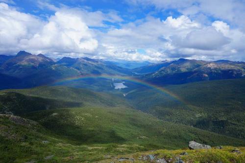 Pyramid-rainbow